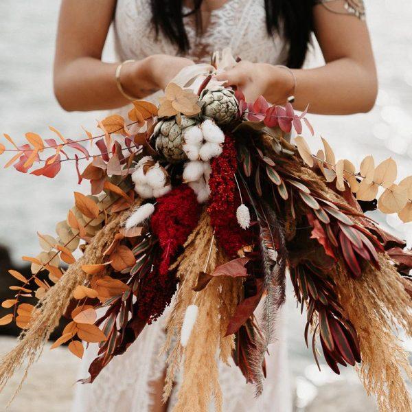 Brautstrauss vor Meerkulisse, Sarah Russ