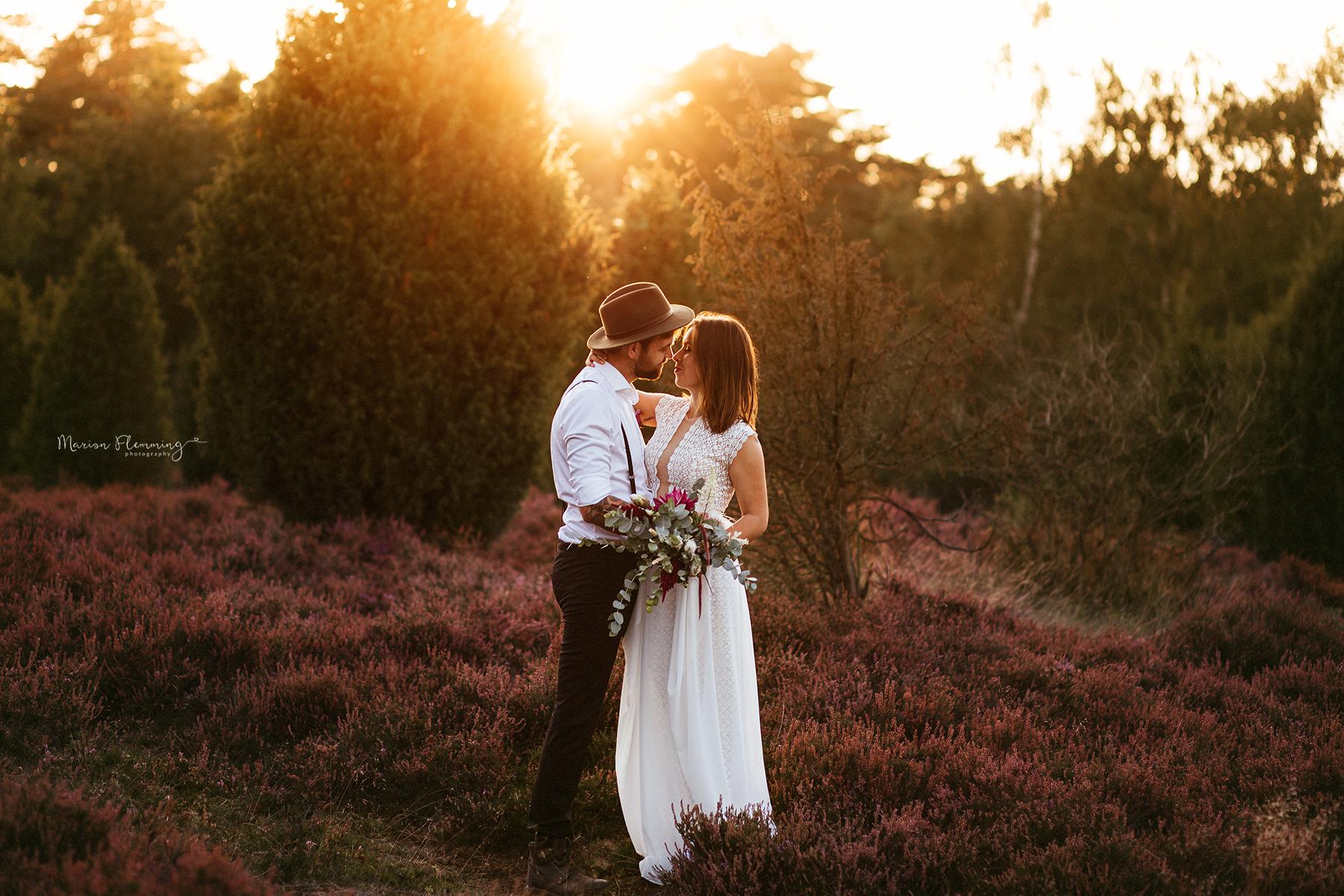 Brautpaar in der Abendsonne, Marion Flemming