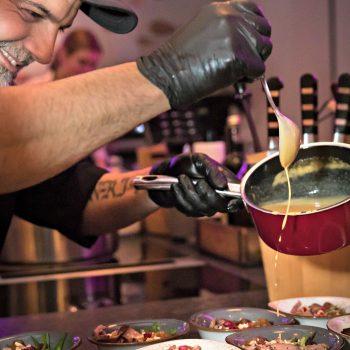Cateringmitarbeiter, Starküche